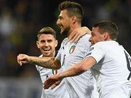 Acerbi attende Chiellini. Goal