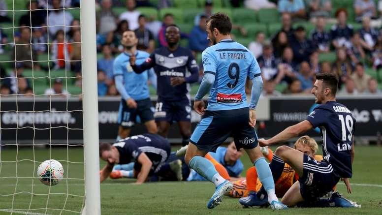 Adam le Fondre scored in Sydney's FC comfortable win over Melbourne Victory. GOAL