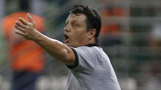 Adilson Batista já recusou o Botafogo e hoje precisa dele. Goal