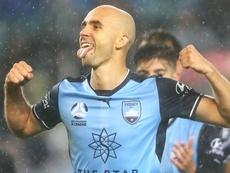 Adrian Mierzejewski secured a derby victory for Sydney FC. GOAL