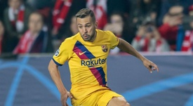 Alba suffers reoccurrence of hamstring injury, Barcelona confirm