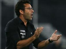 Botafogo bate o CSA com novo estilo: menos posse e mais vertical