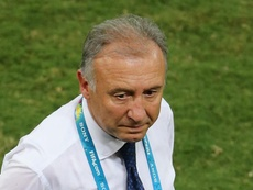 Zaccheroni continues to take charge of the UAE. GOAL