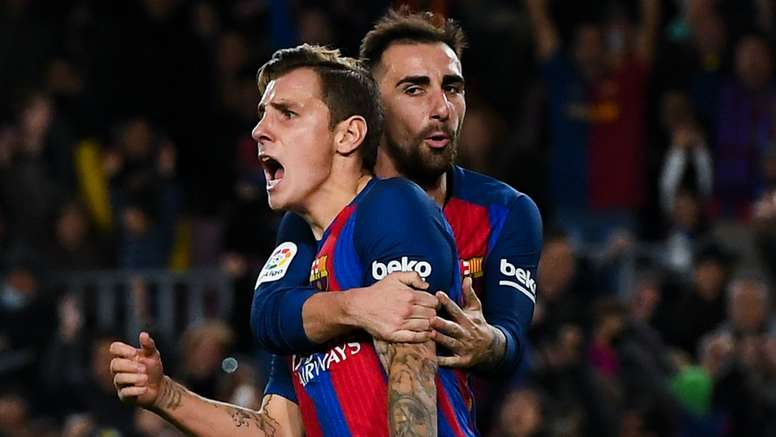 Alcacer (R) scored his first competitive goal for Barcelona on Wednesday night. Goal