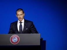 Presidente da UEFA, Aleksander Ceferin, tem três planos para retomar as competições de futebol. Goal