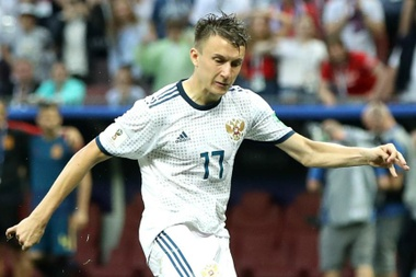 Golovin looks to be on the verge of joining Chelsea. GOAL