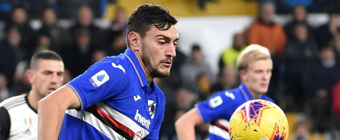 Sampdoria, infortunio al ginocchio per Ferrari: lesione al crociato. AFP