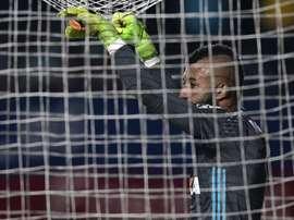 Muralha comprometeu na partida com o 'Peixe'. Goal