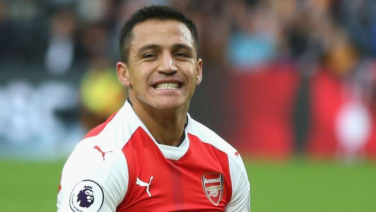 Sanchez says that London life can be stressful. Goal