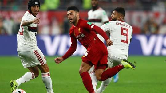 Oxlade-Chamberlain hobbles off in Club World Cup final. GOAL