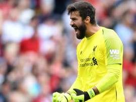 Alisson a signé à Liverpool. Goal