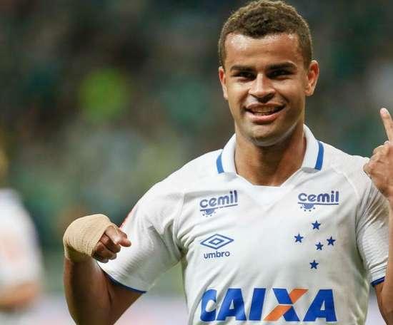 Cruzeiro está ativo no mercado. Goal