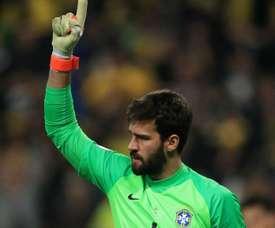 Goleiro da seleção brasileira se queixa de dor, mas não é problema para a final. Goal