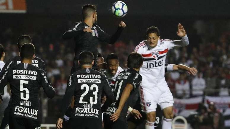 Por que Anderson Martins passou a ser descartável no São Paulo