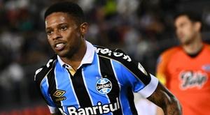 Libertad 0-3 Gremio (0-5 agg): Visitors set up all-Brazilian Libertadores QF against Palmeiras