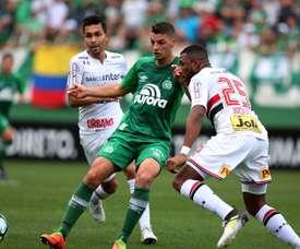 Prováveis escalações de Chapecoense e São Paulo pela 38º rodada do Brasileirão. Goal