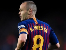Philippe Countinho doesn't think he's on the same level as Andres Iniesta yet. GOAL