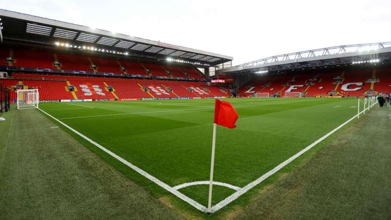 Coronavirus: Liverpool donate £40,000 to foodbanks scheme