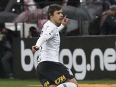 Romero por Luan. Goal