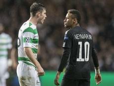 Neymar doa camisa do PSG para fundação de esposa de lenda de Celtic e Liverpool
