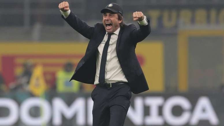 Conte: Serie A title race depends on Juventus