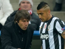 Antonio Conte and Arturo Vidal. Goal