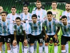 O alinhamento da Argentina diante da Nigéria. Goal