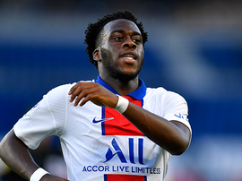 Arnaud Kalimuendo se rapproche de Lens. Goal