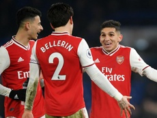 Premier Review: Arsenal hold Chelsea in dramatic derby, Aguero bails out Man City