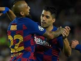 Suárez? Messi exalta Vidal após vitória do Barcelona sobre a Inter de Milão.