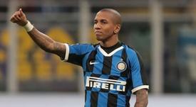 Ashley Young veut rester à l'Inter. GOAL