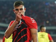Il talento brasiliano dell'Atletico Paranaense Guimaraes.