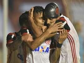 Atlético GO 0 x 3 Flamengo: Fla vence fora de casa e espanta a crise