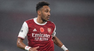 Aubameyang slams CAF after feeling like a 'hostage' in airport delays