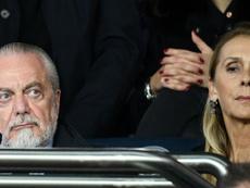 Napoli, in arrivo la maxi-multa di De Laurentiis: taglio del 25% sugli stipendi dei ribelli