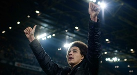 Dortmund's Witsel's possibilities: Real Madrid, Juventus, Manchester United and PSG. GOAL