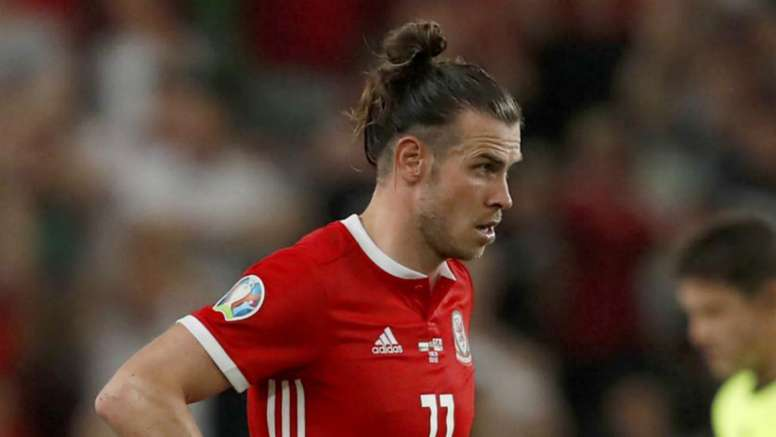 Giggs admits struggle to find effective role for Bale. Goal
