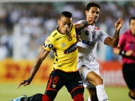 Copa Libertadores Review: Nine-man Barcelona reach semis, Gremio also advance