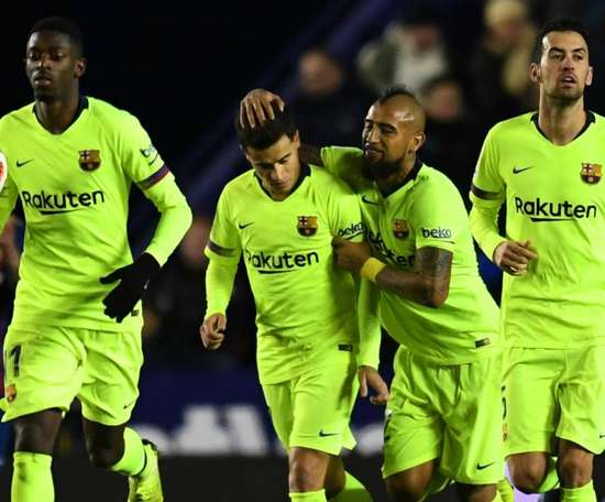 'Great player' Coutinho must fight for Barca spot, says Valverde
