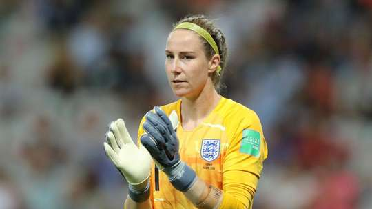 Bardsley has criticised the new penalty laws on goalkeepers. GOAL