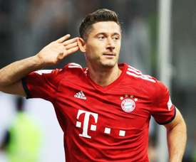 Robert Lewandowski foi o nome do jogo marcando um hat-trick. Goal