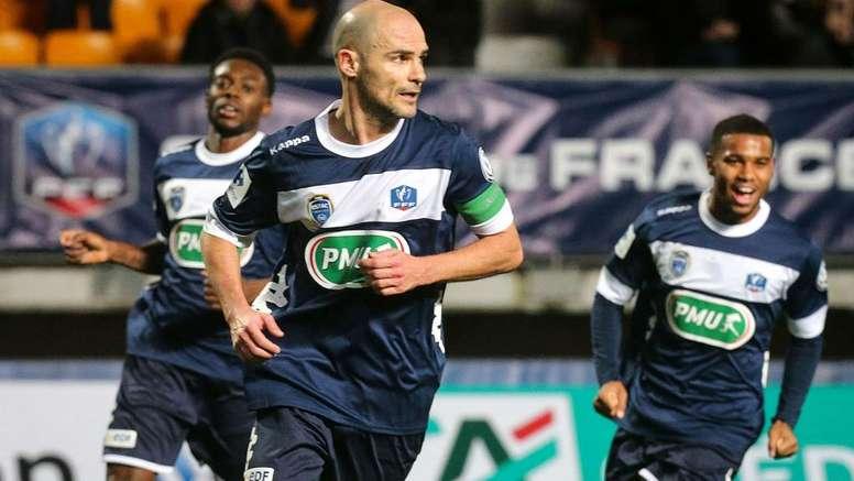 Troyes et Lens s'affrontent. Goal