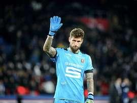 Rennes songerait à un retour de Benoît Costil. Goal