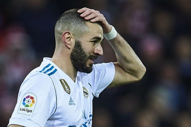 Benzema hits back at 'crazy' De Laurentiis over age jibe