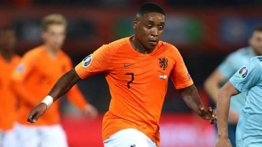 PSV allow Bergwijn to travel to England to complete prospective Spurs move. AFP
