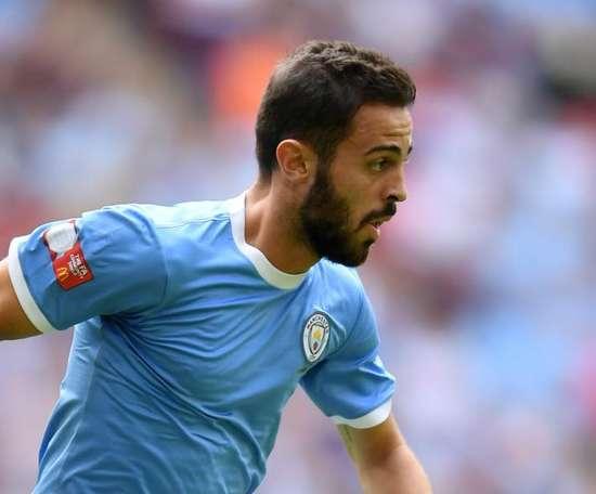 Benfica defend Silva over tweet