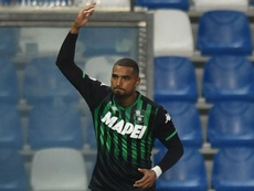 Barca complete shock Boateng move