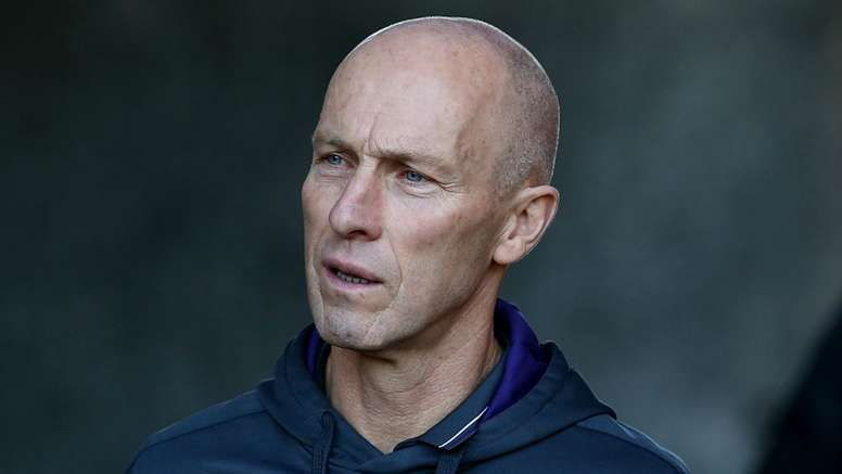 Bob Bradley lamented his side's mistakes. Goal