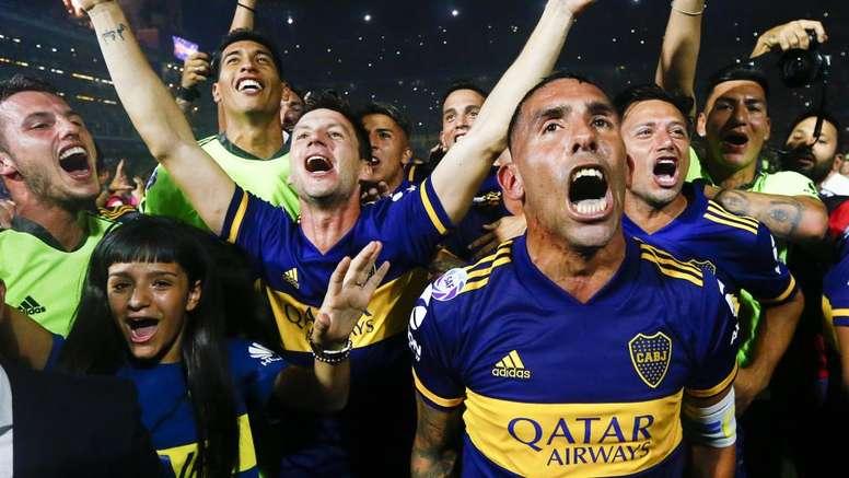 Tevez goal sees Boca win title
