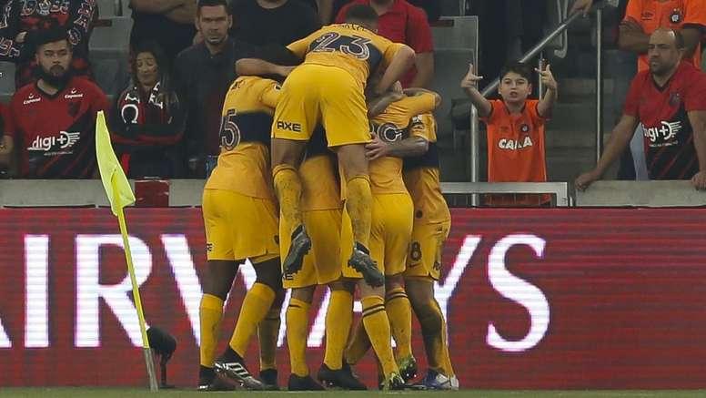 Copa Libertadores Review: Boca Juniors, Internacional claim dramatic away wins.